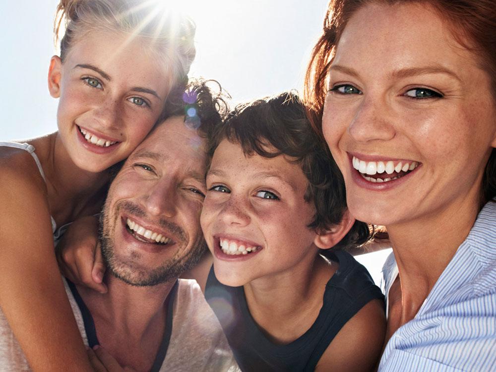 Garza Consultores brinda protección familiar, concreta y personalizada, por medio de servicios y seguros personales.